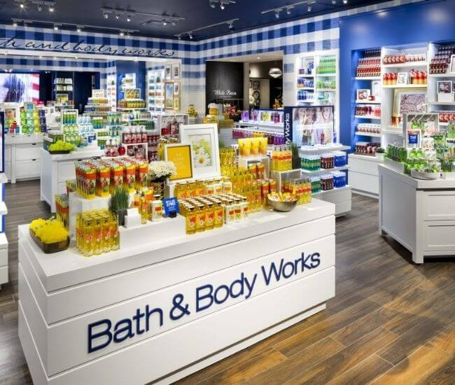 How old do you have to be to work at bath and body works